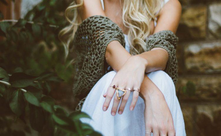 Zaczerwieniona skóra w okolicy pępka… Co robić?
